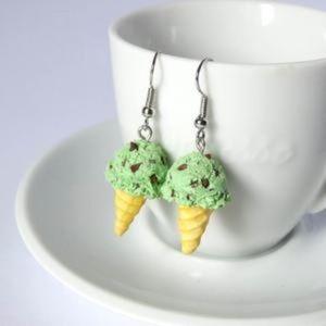 Super Cute ice cream dangle earrings NWT